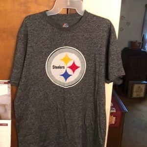 MAJESTIC Steelers t-shirt